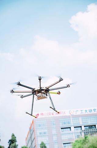 使用能飞航空无人机设备有哪些注意事项?