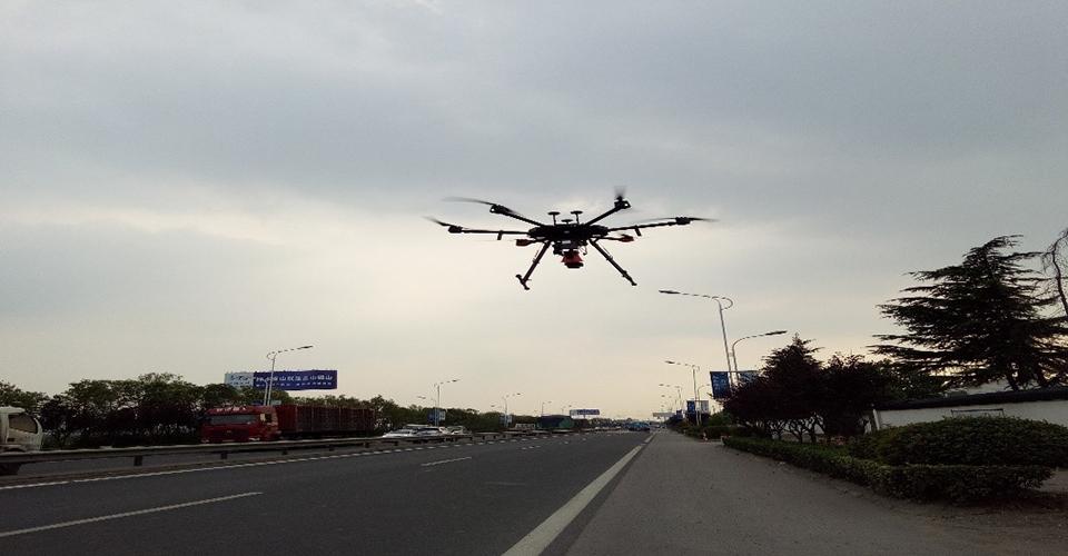 低空对地面运动车辆检测与运动特性分析