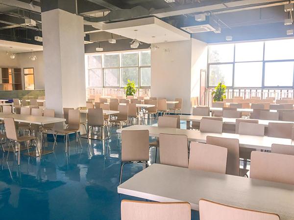 能飞航空-考场食堂环境